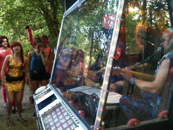 BandInThe Jukebox3-Bestival